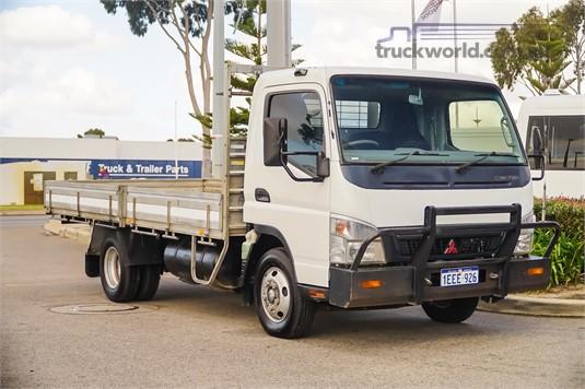 2007 Fuso Canter WA Hino - Trucks for Sale