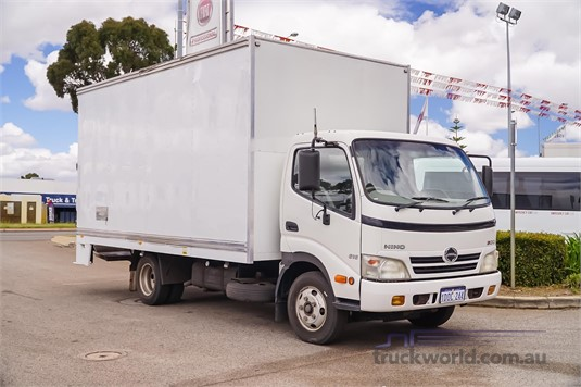 2009 Hino 300 Series 616 WA Hino - Trucks for Sale