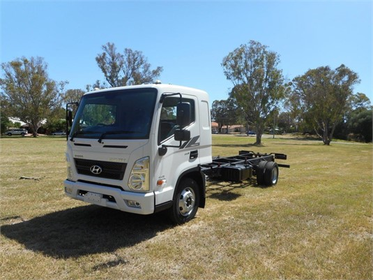 2019 Hyundai Mighty EX8 ELWB - Trucks for Sale