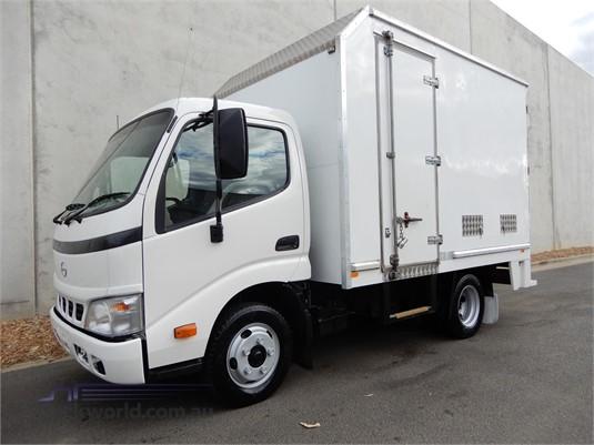2005 Hino Dutro - Trucks for Sale