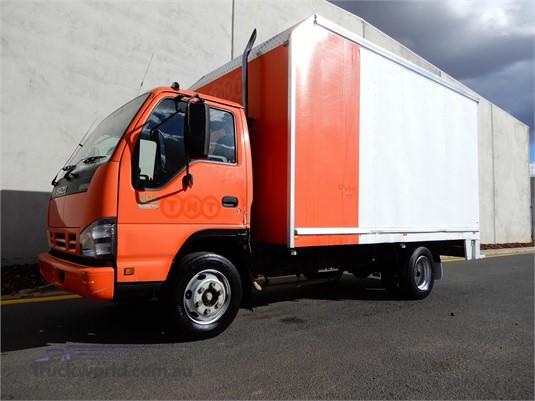 2006 Isuzu NPR 300 Trucks for Sale