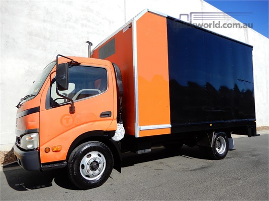 2004 Hino Dutro - Trucks for Sale