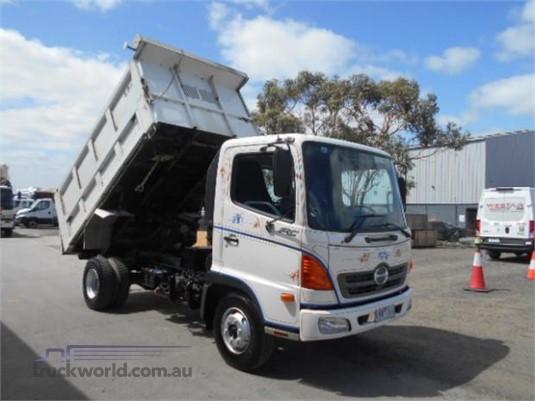 2006 Hino Ranger 5 FC Westar - Trucks for Sale
