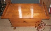 5/4/12 - Collectible Antique Auction - Fenton, Toys, Longabe