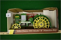 John Deere 1:16 1915 Model R Waterloo Boy in Box