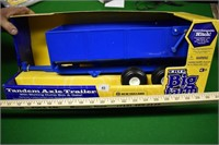 ERTL 1:16 Tandem Axle Trailer in Box