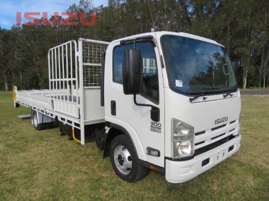 2013 Isuzu NPR 300 Used Isuzu Trucks - Trucks for Sale