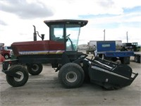 96 MacDon 9200 Windrower w/ Model 910 14' Header | HiBid Auctions