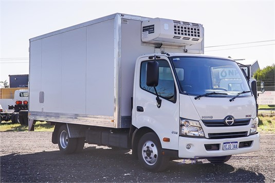 2013 Hino other WA Hino - Trucks for Sale