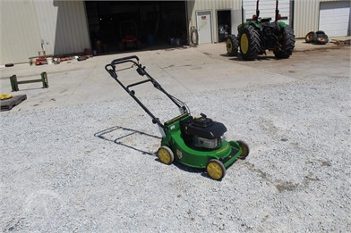 John Deere Walk Behind Lawn Mowers Auction Results 39 Listings Auctiontime Com Page 1 Of 2