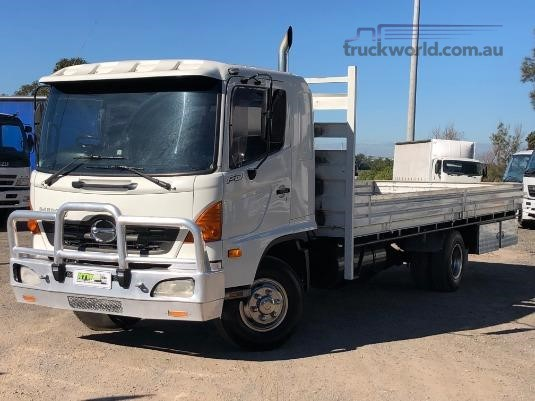 2003 Hino Ranger 6 Pro FD - Trucks for Sale