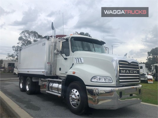 2011 Mack Granite Wagga Trucks - Trucks for Sale