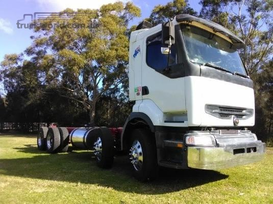 2002 Mack Quantum Trucks for Sale