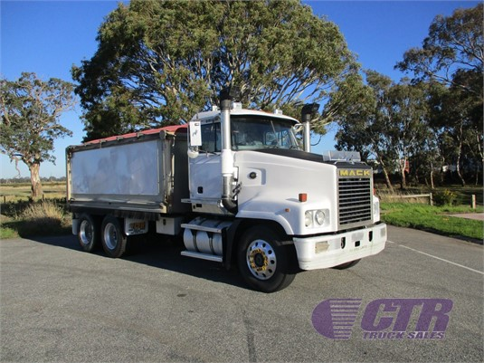 2002 Mack Trident CTR Truck Sales - Trucks for Sale
