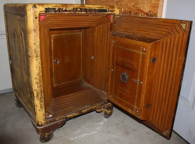 Antique safe by the Mosler Safe & Lock Co  | HiBid Auctions