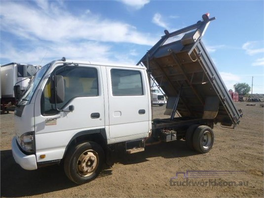 2006 Isuzu NPR Western Traders 87 - Trucks for Sale