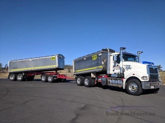2011 Mack Trident Wheellink - Trucks for Sale