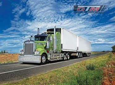 "Kenworth T909 28"" Flat Roof Sleeper"