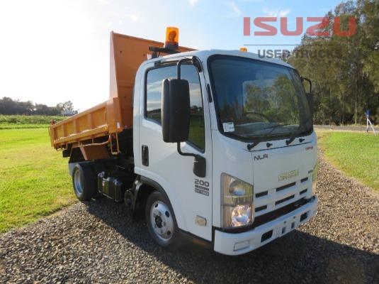 2009 Isuzu NLR 200 Used Isuzu Trucks - Trucks for Sale