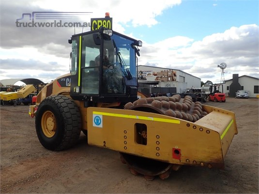 2012 Caterpillar CP76 - Heavy Machinery for Sale