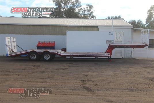 1982 Lombardi Low Loader Platform Semi Trailer Sales - Trailers for Sale