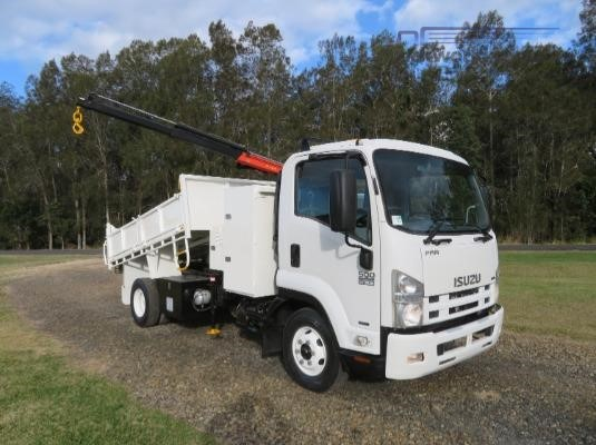 2009 Isuzu FRR 500 AMT Trucks for Sale