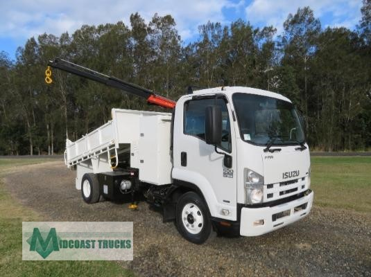 2009 Isuzu FRR 500 AMT Midcoast Trucks - Trucks for Sale