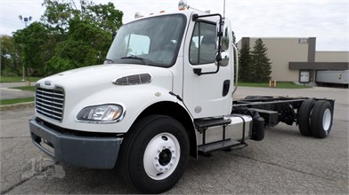 freightliner trucks for sale in grand rapids michigan 636 listings truckpaper com page 1 of 26 freightliner trucks for sale in grand