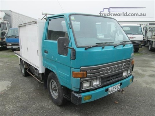 1995 Toyota Dyna Trucks for Sale