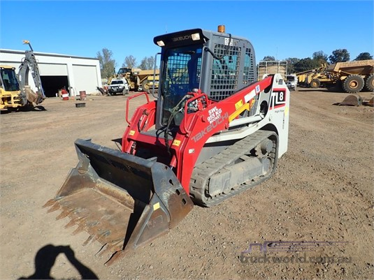 2016 Takeuchi TL8 - Heavy Machinery for Sale