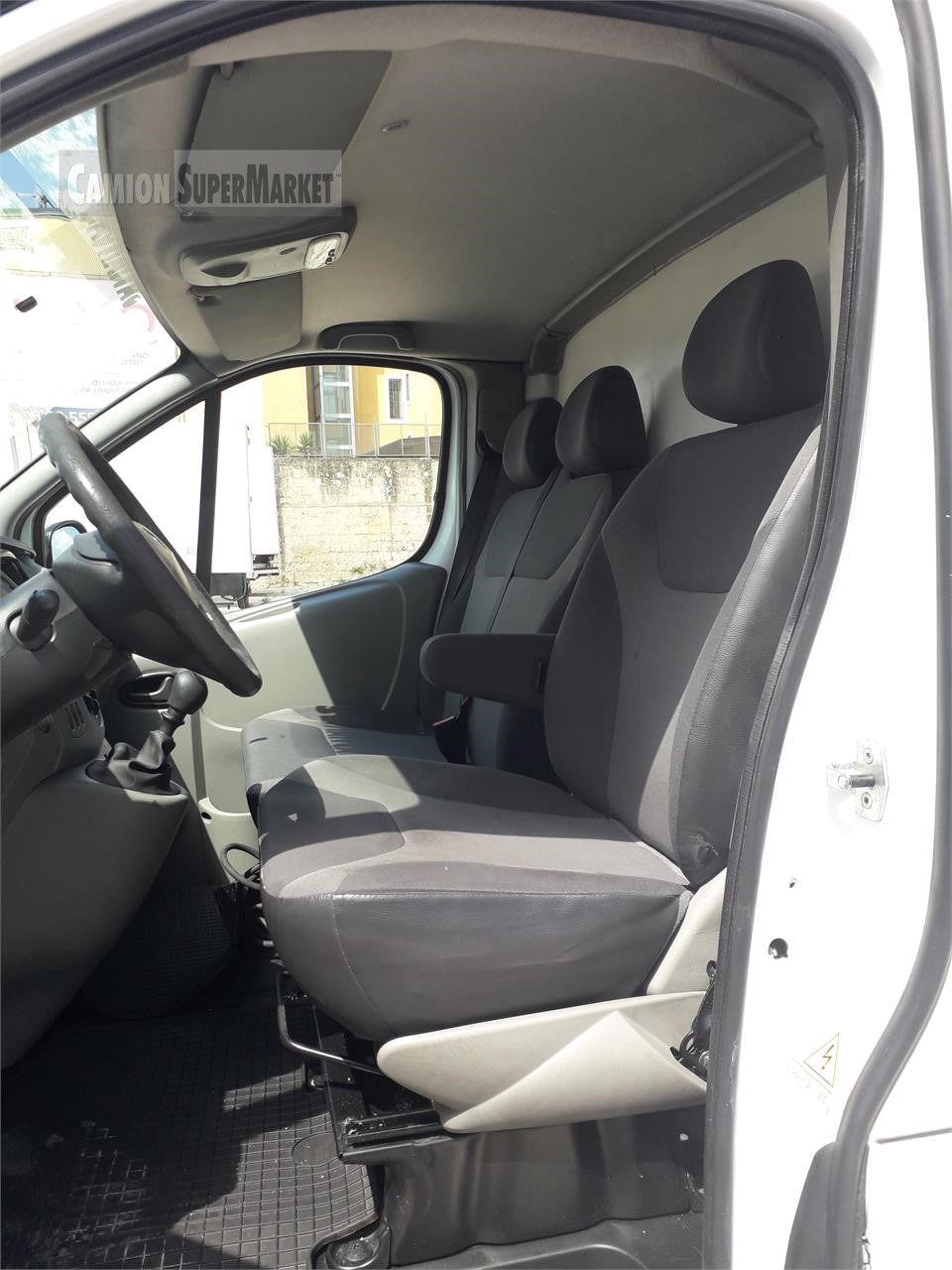 Renault TRAFIC 115 Usato 2013