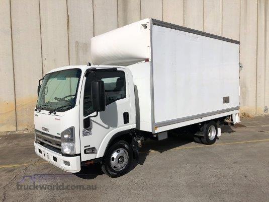 2014 Isuzu NPR 200 Trucks for Sale