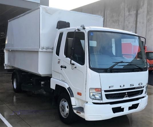 2010 Mitsubishi Fighter Trucks for Sale