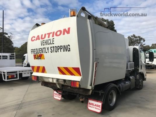 2009 Isuzu NPR 400 Premium Trucks for Sale