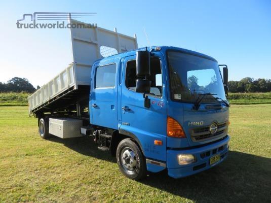 2012 Hino 500 Series 1124 FD Crew - Trucks for Sale