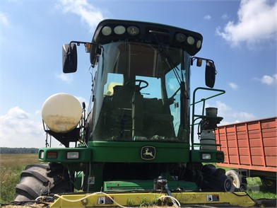 JOHN DEERE 7500 For Sale - 35 Listings | TractorHouse com - Page 1 of 2