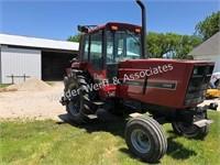 1981 IH 5088 diesel tractor