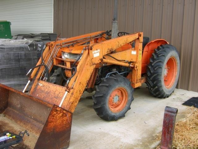 Kubota L1720 4x4 Tractor | HiBid Auctions