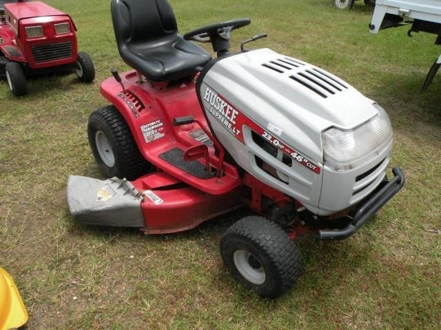 Huskee Supreme LT Riding Mower   Witcher Auctions, LLC