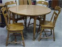 Flint Ridge Colonial Maple Table / 4 Chairs