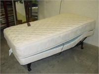 Craftmatic Adjustable Bed w/Massage