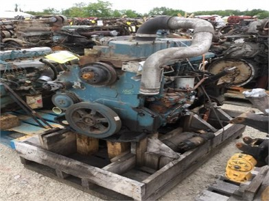 INTERNATIONAL DT466E Auction Results - 6 Listings