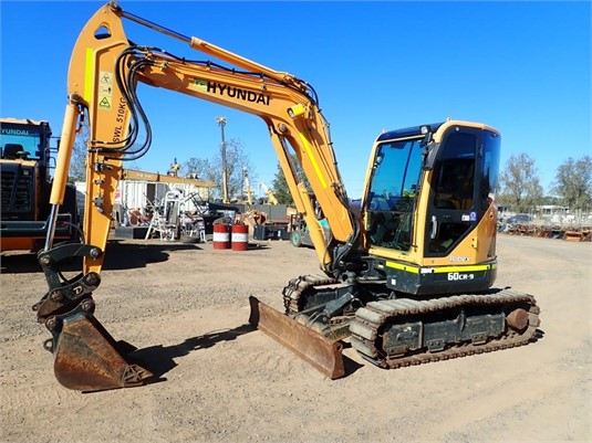 2015 Hyundai Robex 60CR-9 - Heavy Machinery for Sale