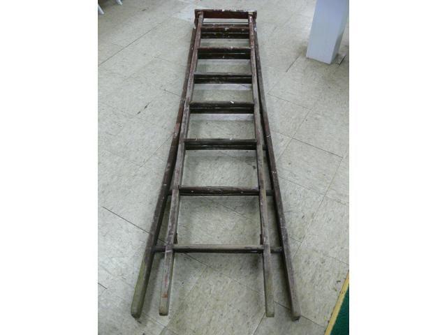 Vintage Wood Extension Ladder Et Marketing Pros Trinity