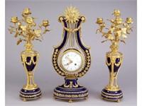 May - Clocks, Coca-Cola, Fine Art, Antiques