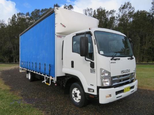 2014 Isuzu FRR 600 Premium - Trucks for Sale