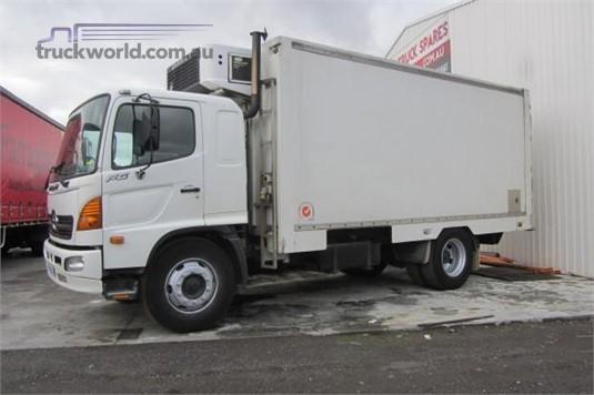 2006 Hino Ranger 9 FG - Trucks for Sale