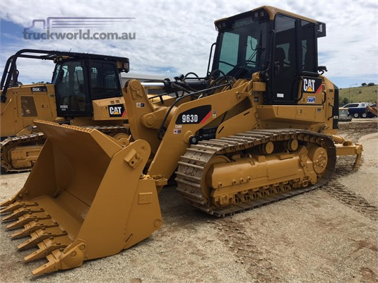 2017 Caterpillar 963D - Heavy Machinery for Sale