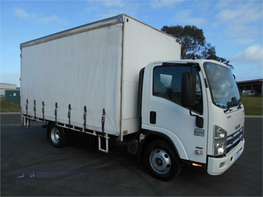 2012 Isuzu NPR 250 Medium Trucks for Sale
