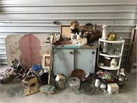 Hypnotique Bulk Buys and Box Lot Auction